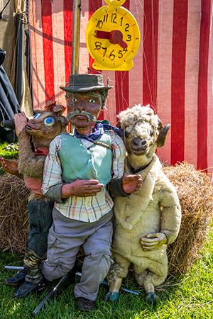 Aussie Marionettes